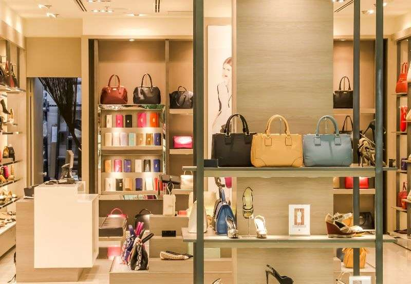 Wohnen: Begehbarer Kleiderschrank für Zuhause | www.bauwohnwelt.at