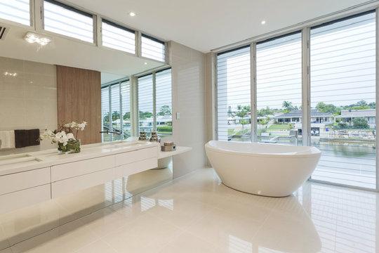 so finden sie mit badideen von www.bauwohnwelt.at zum, Badezimmer dekoo