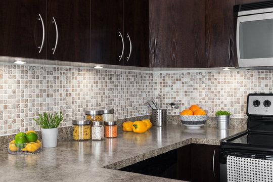 Moderne akzente k chenspiegel - Paraschizzi cucina plexiglass ...