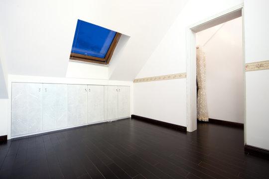 r ume mit dachschr gen tipps zur gestaltung teil 1. Black Bedroom Furniture Sets. Home Design Ideas