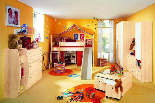kleine kinderzimmer ganz gro. Black Bedroom Furniture Sets. Home Design Ideas