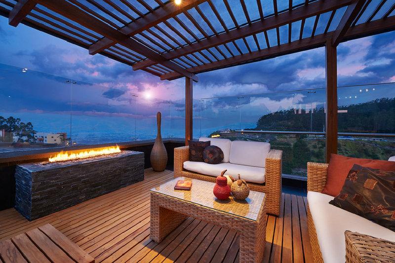 Die terrasse als zus tzlicher wohnraum for Hohe windlichter
