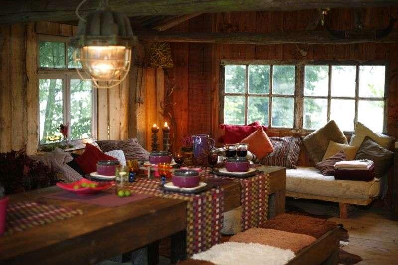 inneneinrichtung im landhaus stil mehr helligkeit wagen. Black Bedroom Furniture Sets. Home Design Ideas