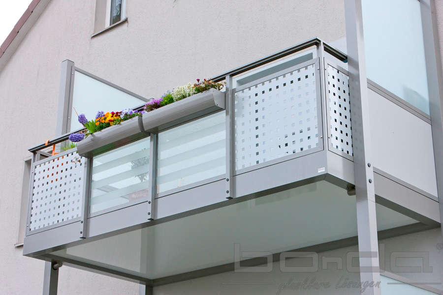 sichtschutz lochblech garten balkon, lochblech beim hausbau - ein vielseitiger baustoff | www.bauwohnwelt.at, Design ideen