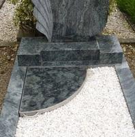 Anton raffetseder in 3680 persenbeug gottsdorf steinmetz for Esszimmertisch aus granit